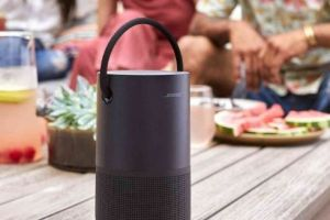 Bose推出Bose Portable 便携无线音箱:支持语音助手-1