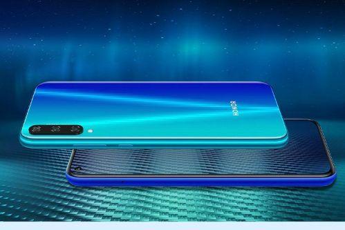 全新荣耀Play3今日开启预售:千元级魅眼全视屏手机-1