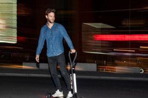 奥迪推出E-Tron电动滑板车了,你们期待吗?-3