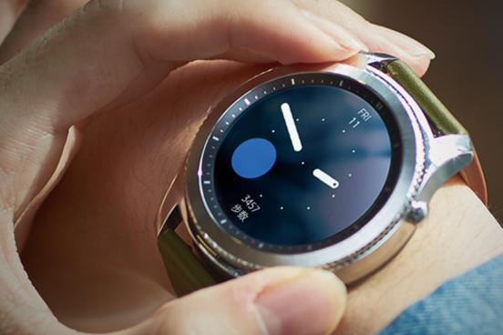 三星gear s3和Apple Watch 3智能手表怎么选,那个好?-1