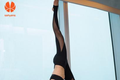 Samyama瑜伽裤质量怎么样?弹性大吗?-1