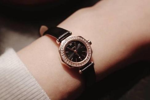 LLOYD女士手表怎么样?LLOYD手表属于档次?-1