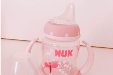 婴儿水杯哪个好?推荐几款婴儿杯?-1
