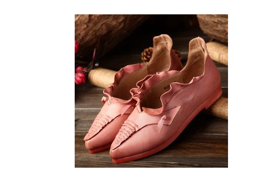 2018年女鞋的流行款式?淘宝上卖的好的女鞋旗舰店有哪些?-1