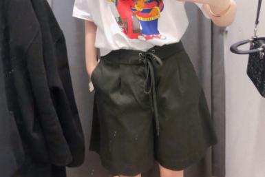 优衣库裙裤怎么样?显腿瘦吗?-1