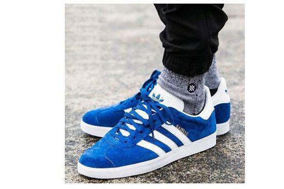 adidas三叶草 2018新鞋透气?鞋码正常吗?-1