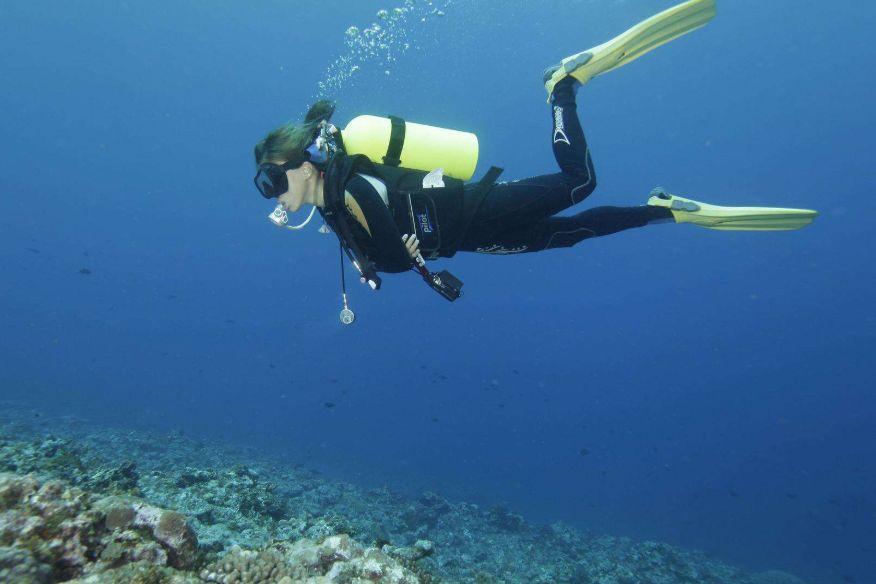 想要拥抱大海 这些潜水装备不可少-1