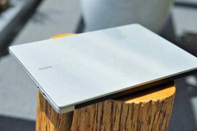 红米笔记本开始预订,4999元的i7笔记本值得尝试吗-1