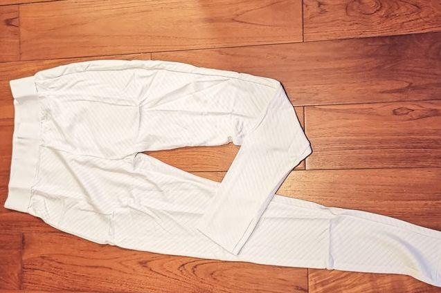 优衣库heattech真的保暖吗?优衣库heattech紧身裤是什么材质?-1