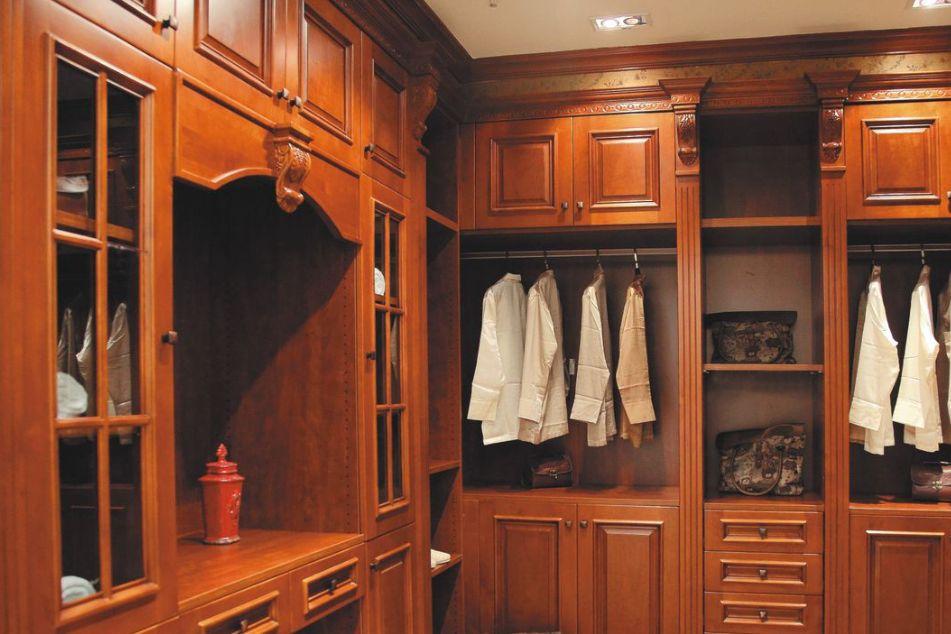 实木衣柜怎么挑选 挑选实木衣柜是注意什么-1
